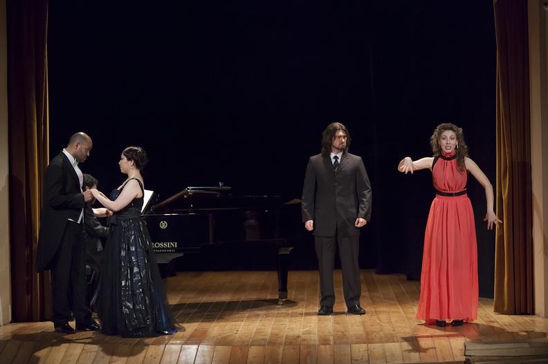 Osimo, Teatrino Campana – 14 giugno 2013. Solisti dell'Accademia d'Arte Lirica, al pianoforte Alessandro Benigni.