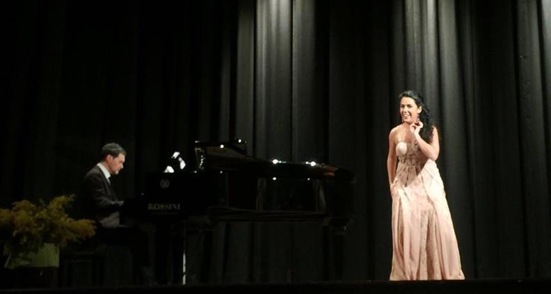 Montegranaro, Teatro La Perla - 12 marzo 2017. Solisti dell'Accademia d'Arte Lirica, al pianoforte Alessandro Benigni.