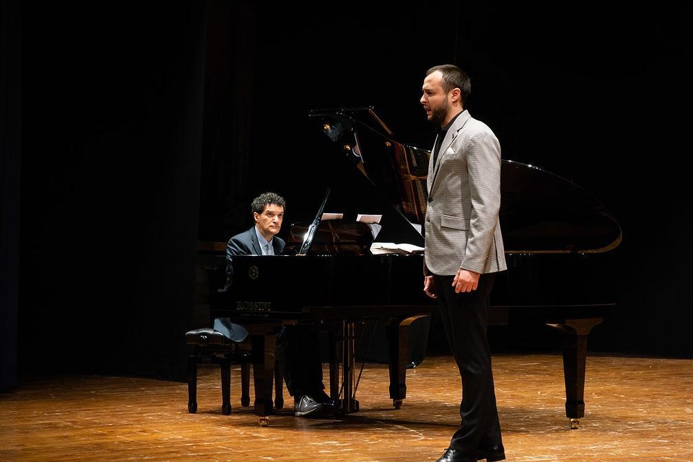 Osimo,Teatro la Nuova Fenice - giovedì 25 Aprile 2019. I solisti dell'Accademia d'Arte Lirica, con il pianista Alessandro Benigni, in occasione della ricorrenza della Liberazione, sono stati impegnati in un programma con musiche di Donizetti, Bellini, Rossini e Verdi. Ph. Sauro Strappato